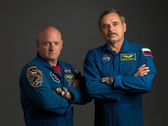 Два подхода к популяризации космонавтики
