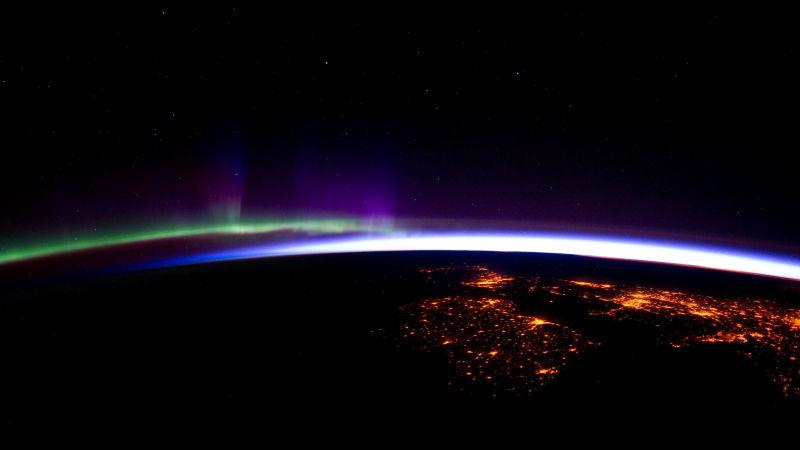 Озоновая дыра исчезнет после 2060 года